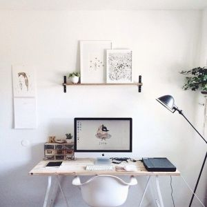 minimal-desk-styling-tips
