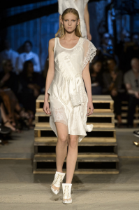 white-on-white-runway-trend-new-york-givency