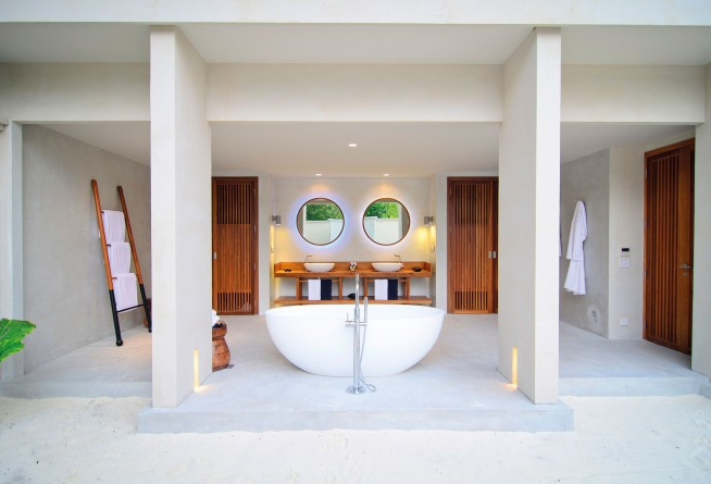 amilla-fushi-hotel-maldives-modern-escape-hut-bathroom