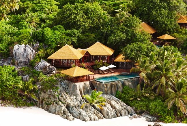 fregate-island-private-hotel-seychelles-patio-rockside