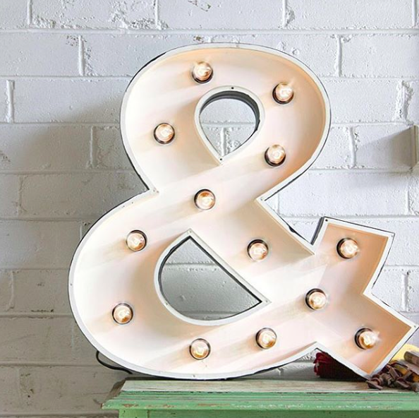 fromage-la-rue-marquee-lights-ampersand