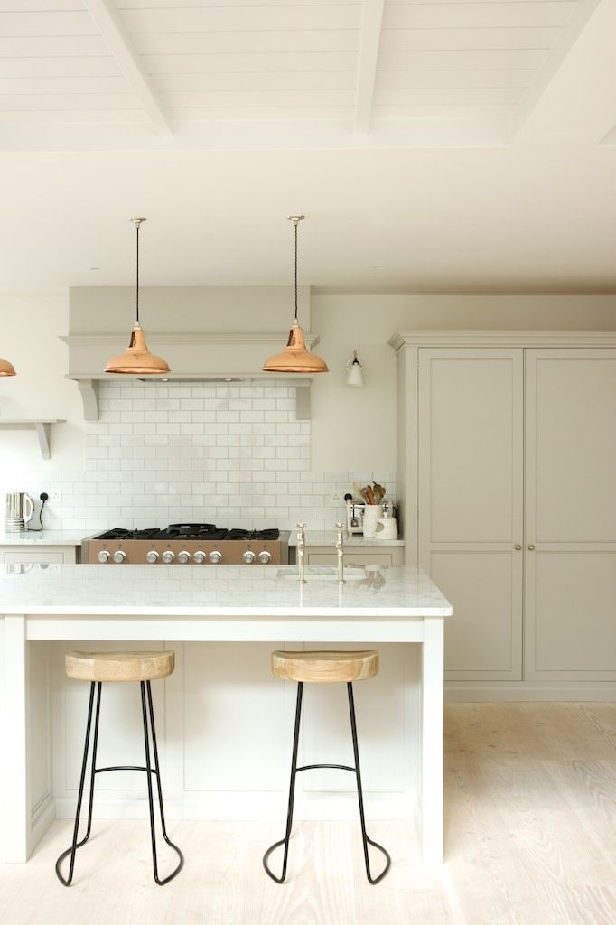 cabinet-free-kitchen-lighting-trend