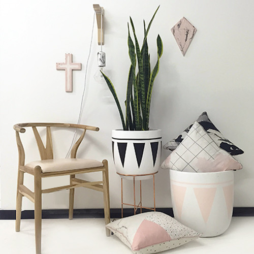 lightweight-pots-design-twins-aztec-geometric-cleo