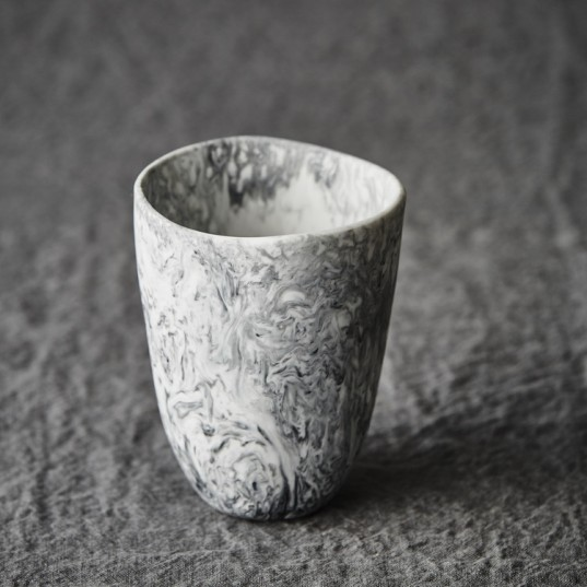 keepresin-homewares-tumbler-marble