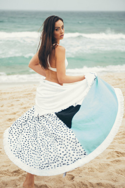 sandy-nomad-beach-towel-dotted