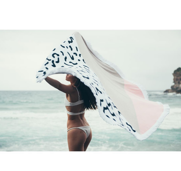 sandy-nomad-circle-beach-towel-pink
