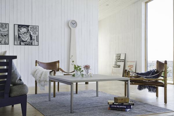 concrete-interior-design-large-coffee-table