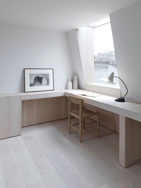 interior-design-introvert-style-desk