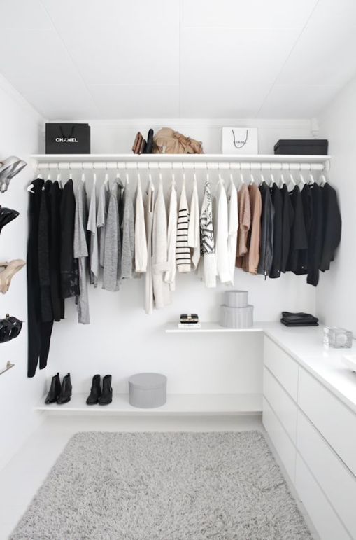 decluttering-closet-styling-space