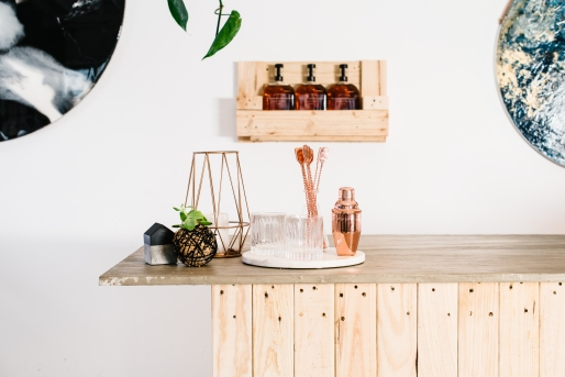 design-twins-dinner-tips-bar-styling-diy