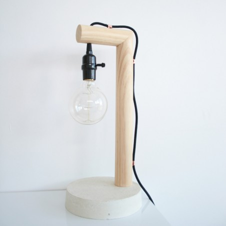 masculine-interiors-open-lamp-wood-concrete