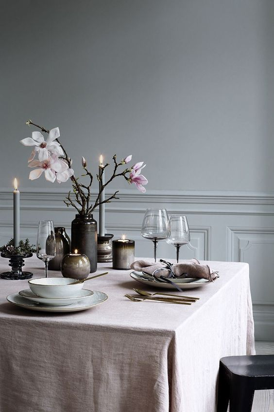 modern-romantic-dining-table-styling
