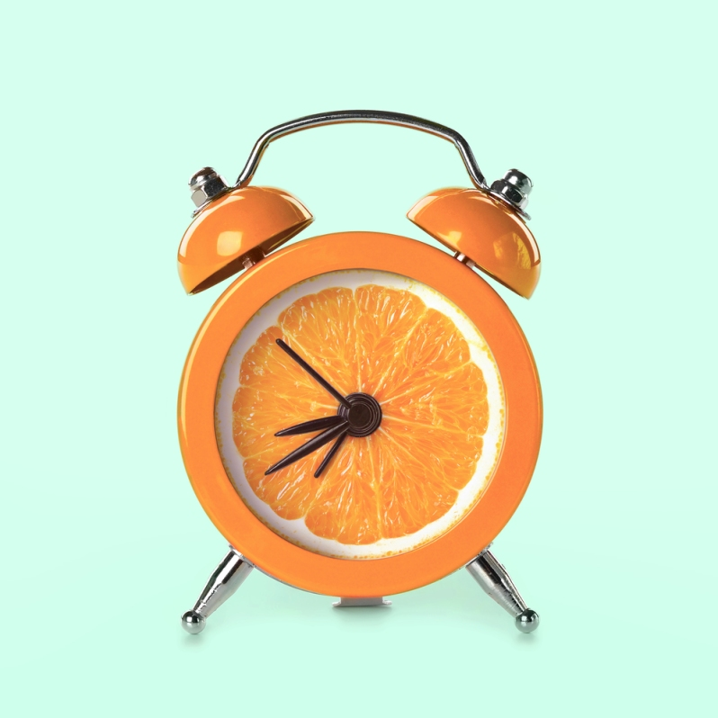 paul-fuentes-pop-art-orange-clock